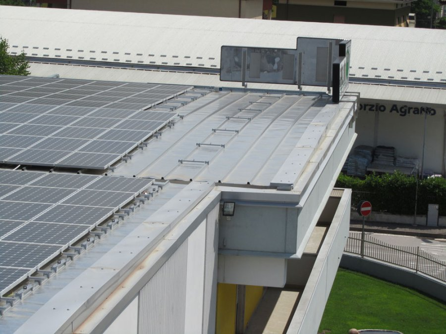 coperture metalliche a sistema tetto piano